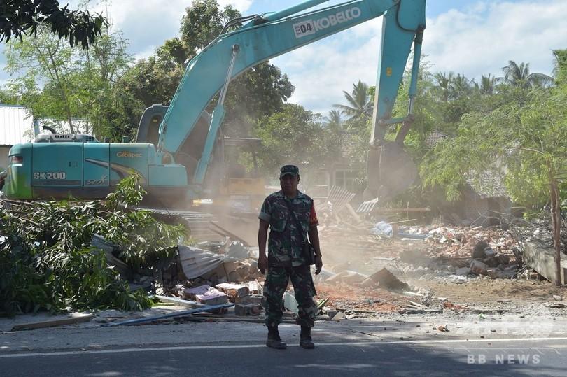 ロンボク島地震、死者400人超に 経済的被害は380億円