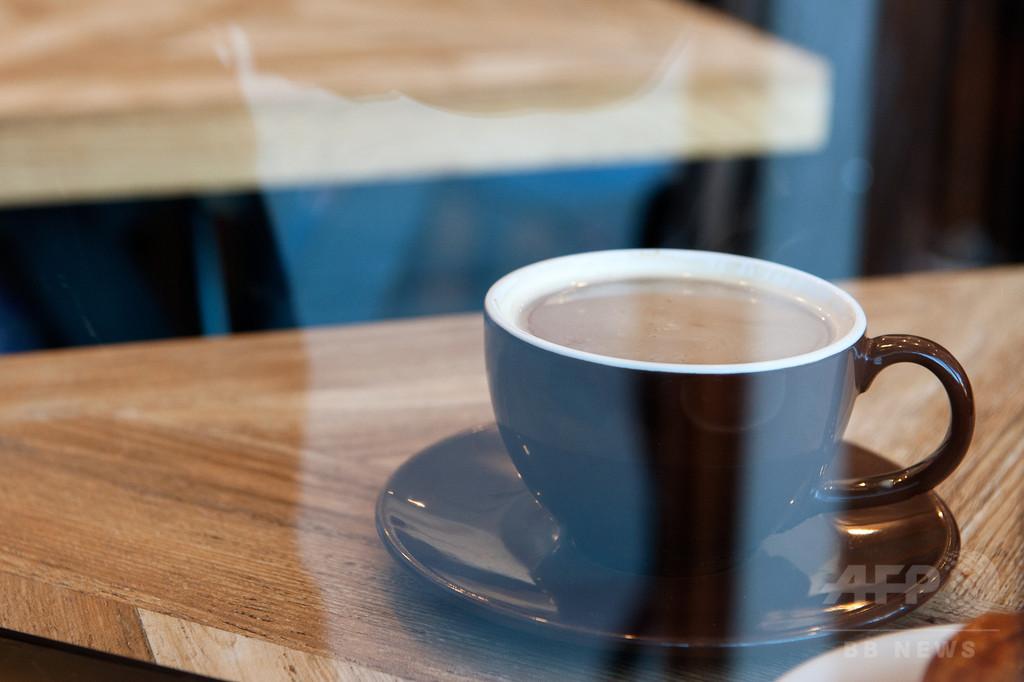 コーヒーに発がん性の警告表示、スタバなどに義務付け 米加州