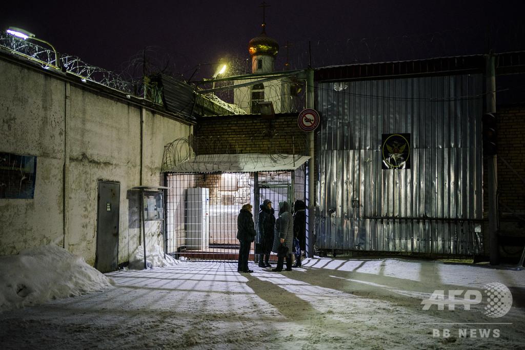 ロシア刑務所の元高官、法廷で拳銃自殺 矯正労働収容所行きの判決直後