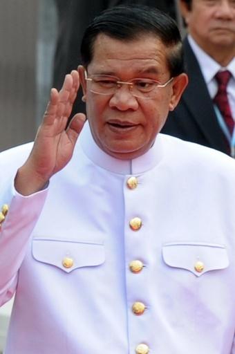 フン・セン首相を再任、カンボジア議会 野党はボイコット