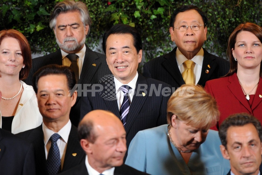 日中首脳が会談、両国関係改善で一致