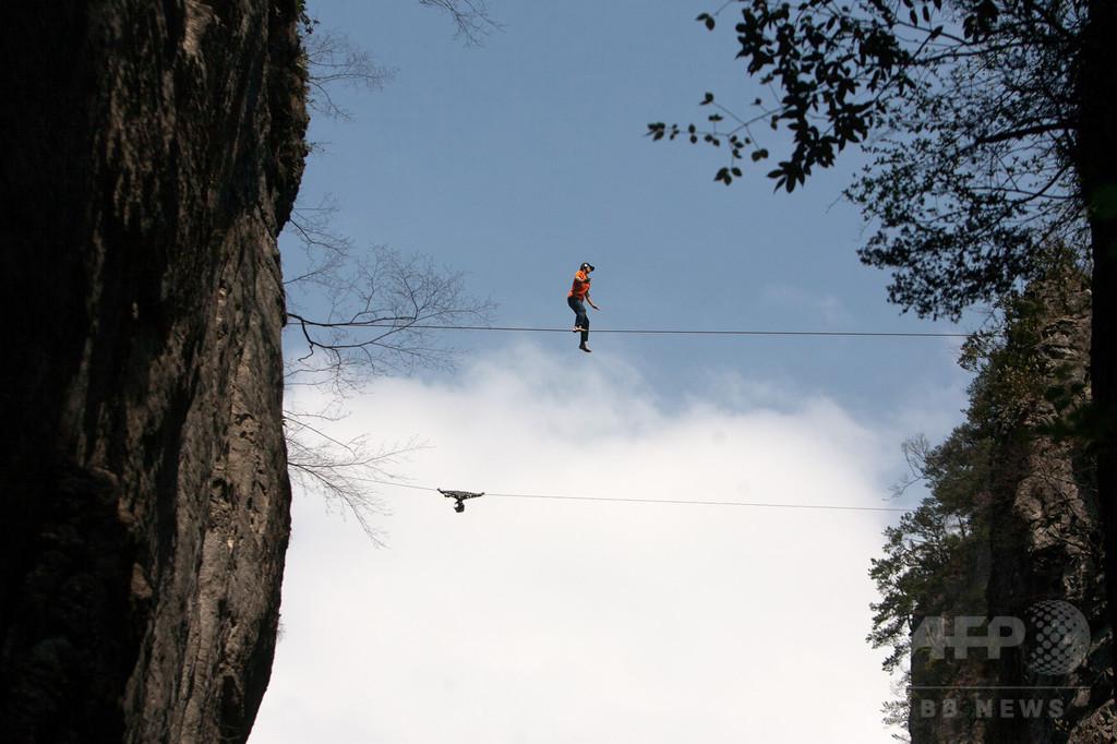 米の著名クライマーら2人、ジャンプ事故で死亡 ヨセミテ公園