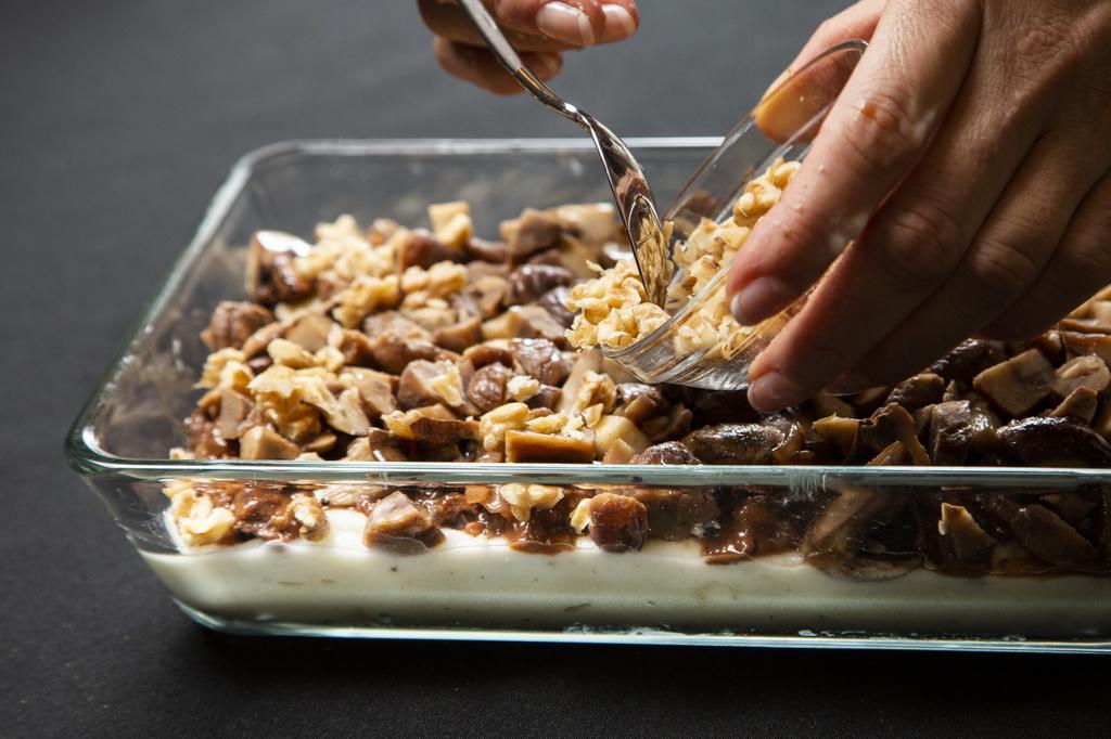 <グランメゾン東京風レシピ>牛肉と栗とキノコのアッシパルマンティエ