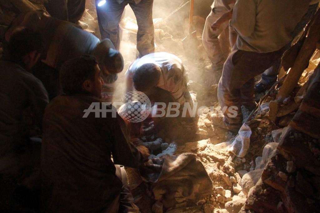 イラン北西部でM6強の地震 死者180人、負傷者1300人以上