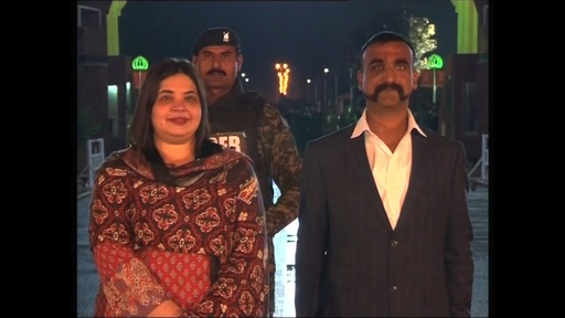 動画:パキスタンへの称賛強要?解放されたインド軍操縦士の動画で非難噴出