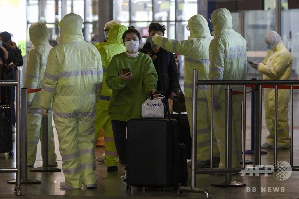 新型ウイルスで医療従事者6人死亡、1700人超感染 中国