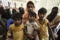 漂流のロヒンギャ人ら2000人を保護、迫害されミャンマー脱出か