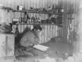 南極探検隊のノート、氷の中からみつかる 100年ぶり