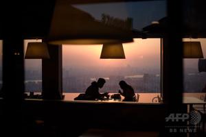 韓国、姦通を合法化 禁止法に違憲判断