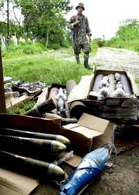 農園で発見の砲弾持ち帰り爆発、家族ら8人死亡 フィリピン