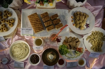 「もっとジャガイモを食べよう」、食料不足の北朝鮮で料理大会