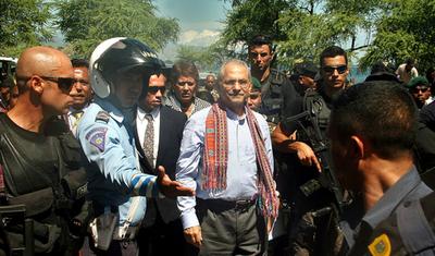 東ティモール大統領、療養終え帰国