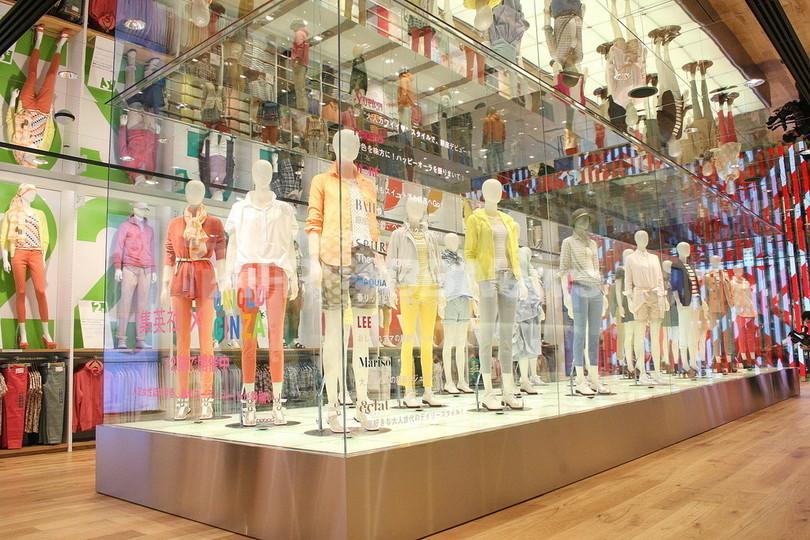 <New Shop>「ユニクロ」世界最大のグローバル旗艦店、銀座に16 ...