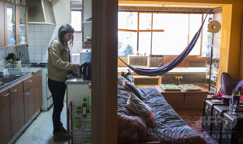 チリで広がる自由な性行動、HIV感染の急増引き起こす