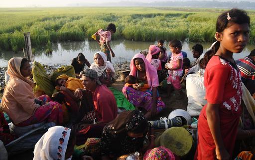 緩衝地帯のロヒンギャ難民、帰還拒む 「市民権と安全」が条件