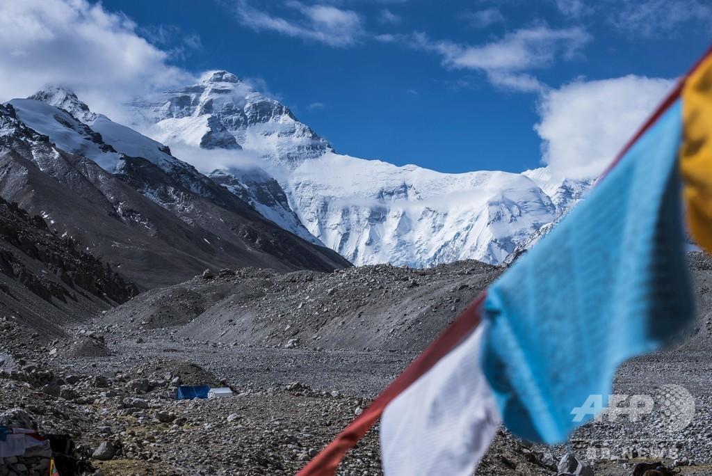 「チョモランマ永久封鎖」は誤り 登山者を毎年300人に制限