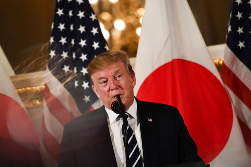 トランプ大統領、来日早々 貿易に厳しい姿勢 「もう少し公平に」
