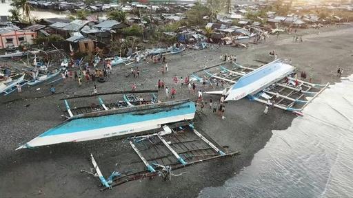 動画:台風29号、クリスマスのフィリピンに大きな被害 少なくとも16人死亡