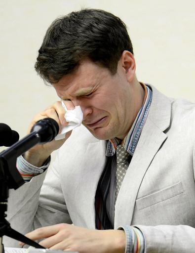 北朝鮮、昏睡学生の医療費2億円を請求 米紙報道