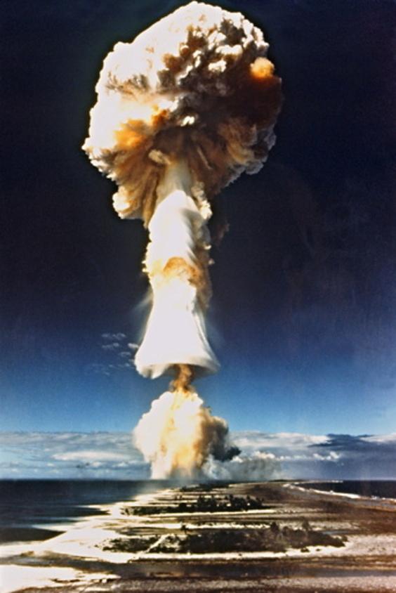 「フランスの核実験は人道に対する罪」 ポリネシアの政治家らがICCに提訴