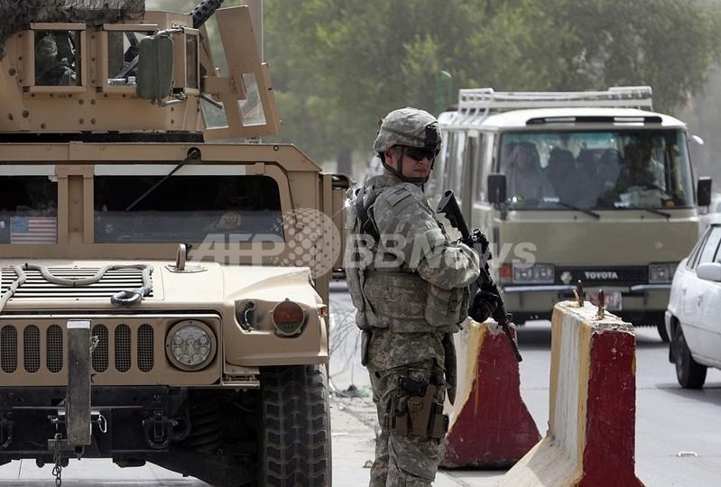 バグダッドで複数の爆発、12人死亡