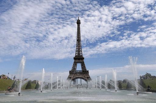 暑かったらパリへいらっしゃい、トロカデロの噴水