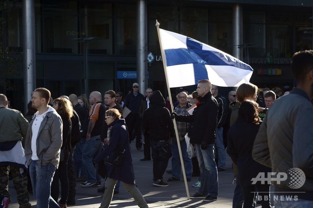 フィンランド、ネット上の人種差別が日常化 政治にも反映 EU報告書