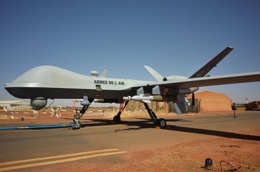 仏軍、初の無人機攻撃 西アフリカ・マリで実施