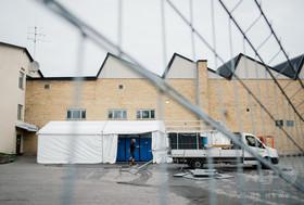 「寒すぎる」、移民がバス降車拒否 スウェーデン