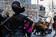 少女像で「負の力や脅威」の象徴に、雄牛像作家が苦言 米NY