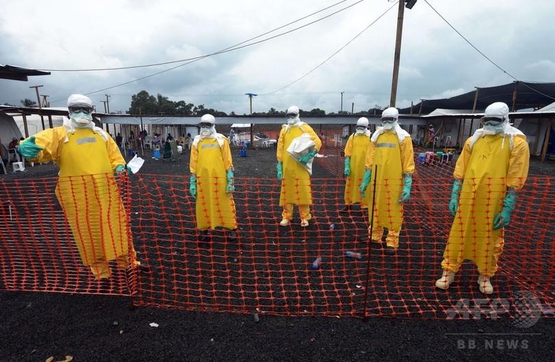 エボラ出血熱、「植民地支配からの不信感」で対応困難に