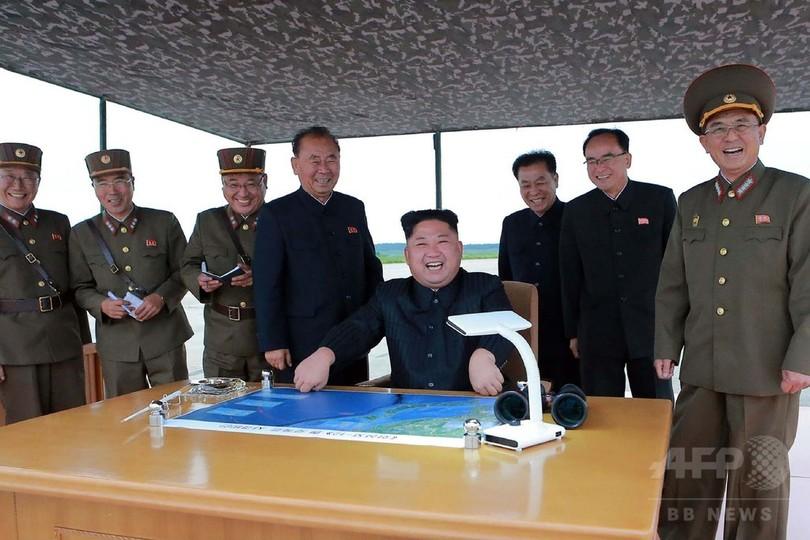 北朝鮮、29日のミサイル発射を初めて認める 「火星12」