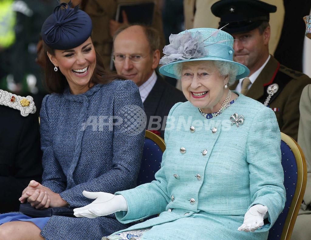 英女王のひそかな楽しみは「ショーが失敗するのを見ること」