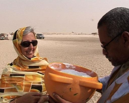 【動画】「砂漠の船」のチーズ、欧州に挑戦 - モーリタニア