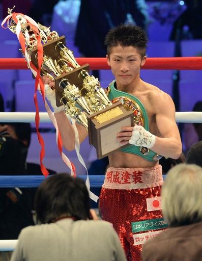 井上が日本最速6戦目で王者に、WBC世界ライトフライ級