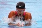 渡部、女子100m平泳ぎで僅差の銀メダル パンパシ水泳