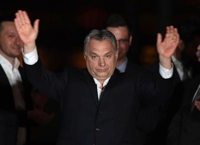 ハンガリー総選挙、中道右派の与党が圧勝 「反移民」継続へ