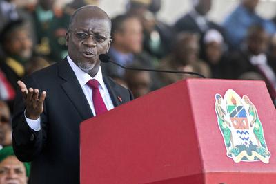 タンザニア大統領 「難民危機を利用して稼げ」 閣僚にハッパ