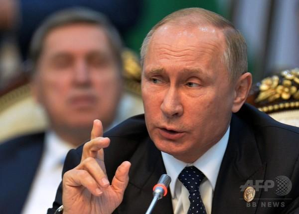 ロシア下院選、与党圧勝を喜べないプーチン大統領
