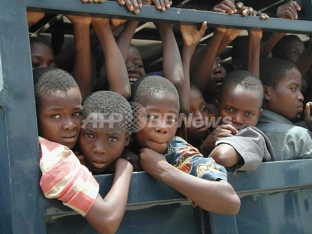 ナイジェリアで「赤ちゃん製造工場」また摘発