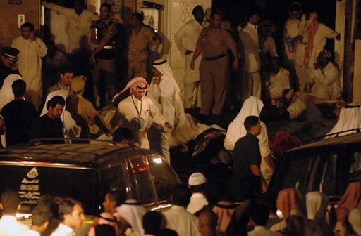 クウェート市の結婚式会場で火事、41人死亡