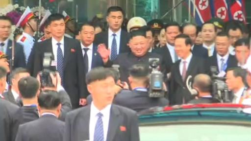 動画:金正恩氏がベトナム入り、観衆に笑顔で手を振る ハノイであすから米朝首脳会談