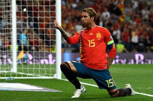 スペインがスウェーデンに3発快勝、欧州選手権予選で4連勝