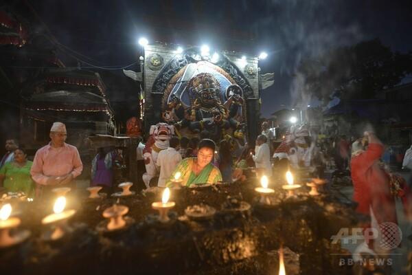 ネパール最大の祭り「ダサイン」のブランコ