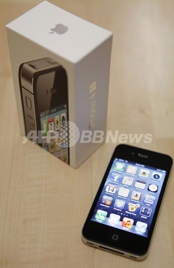 「iPhone 4S」販売台数、3日で400万台突破