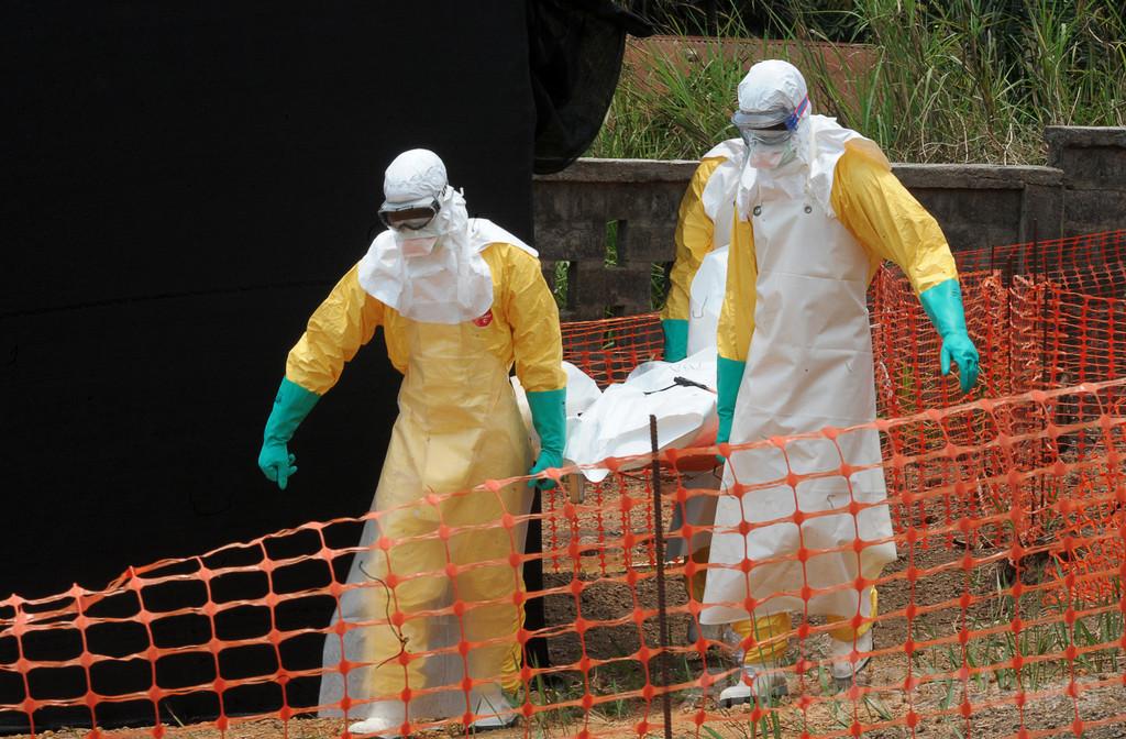 西アフリカのエボラ、死者337人に 過去最悪の流行