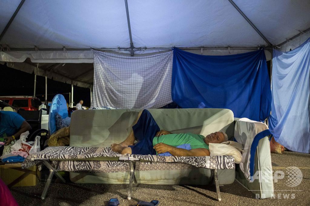 ハリケーン来襲時の救援物資放置…地震被災者ら怒り プエルトリコ