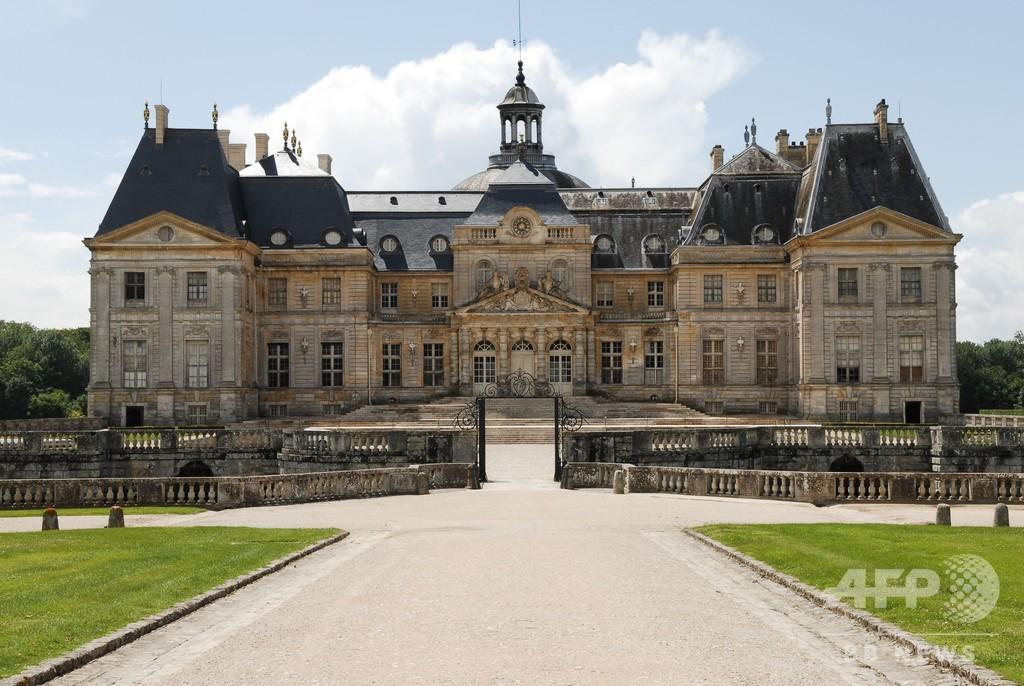仏ベルサイユ宮殿モデルの城に強盗 被害額2億円超