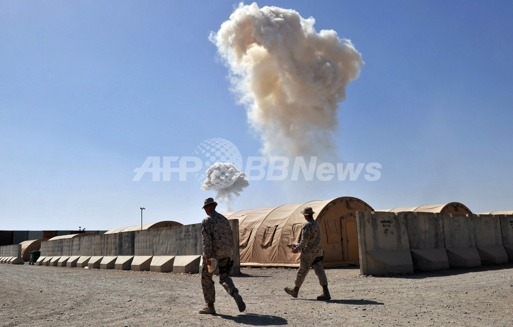 ISAF誤爆で民間人14人死亡、アフガン大統領が激しく非難