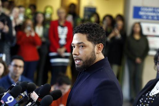 ヘイト事件捏造疑いの米俳優、検察が起訴取り下げ
